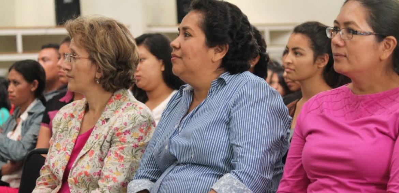 UNICAES RECIBE A MINISTRO DE TURISMO EN LA SEDE REGIONAL DE ILOBASCO