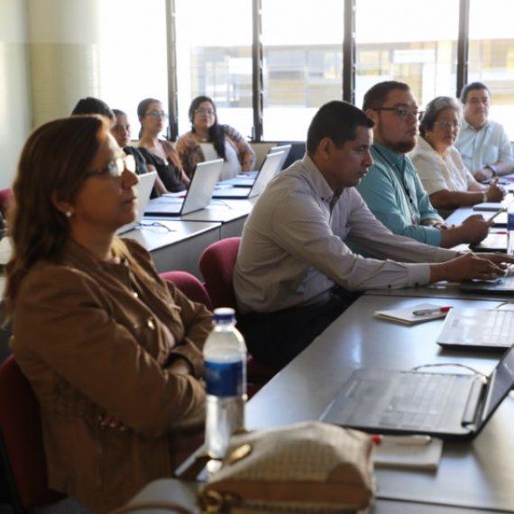 UNICAES capacita a docentes en herramientas de colaboración RedCLARA