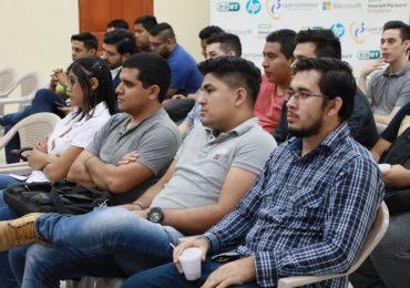 ESTUDIANTES UNICAES ENTRE LOS TRES MEJORES PROYECTOS DE INTERNET
