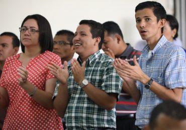 NUEVOS MODOS DE EVANGELIZAR EN UN MUNDO EN CONSTANTE CAMBIO