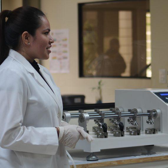 Primer Laboratorio de Calzado de Centroamérica en UNICAES